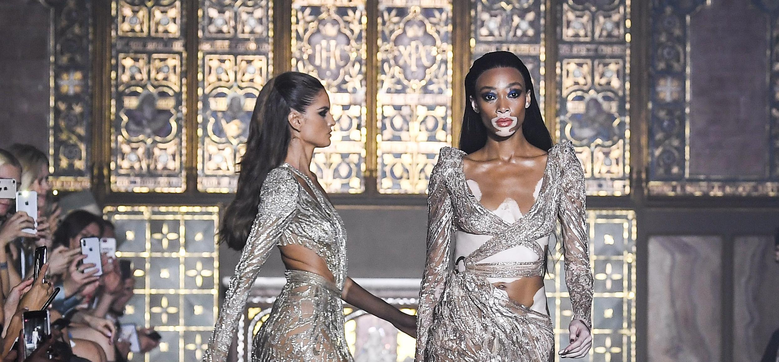 f0fb99dac7663 Öncelikle müjdemi isterim bayanlar, az çok şöyle bir moda dünyasına göz  attıysanız eğer eğlenceli bir yazın da bizleri beklediğini  farketmişsinizdir!